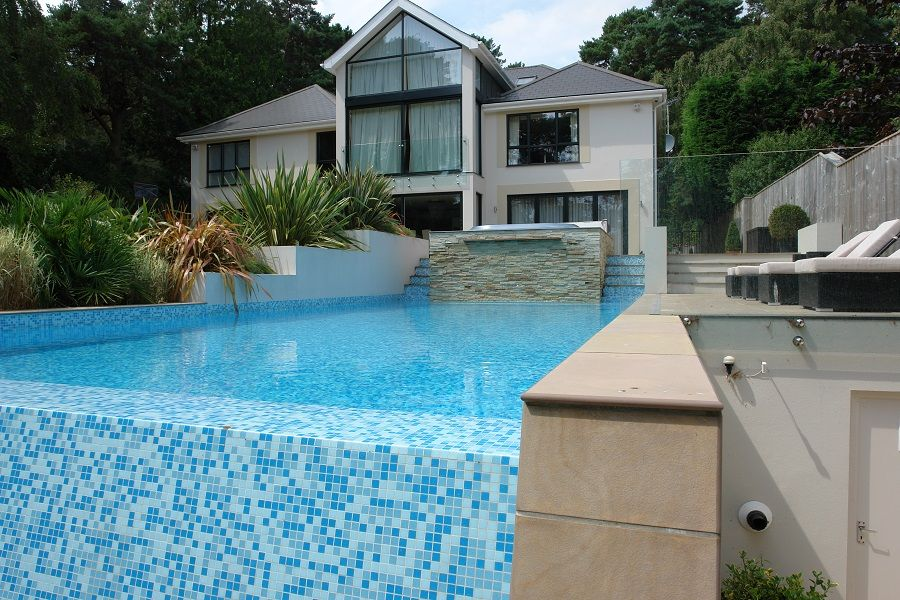 Swimming Pool Builders Kb Pools Swimming Pools And Spas Bournemouth
