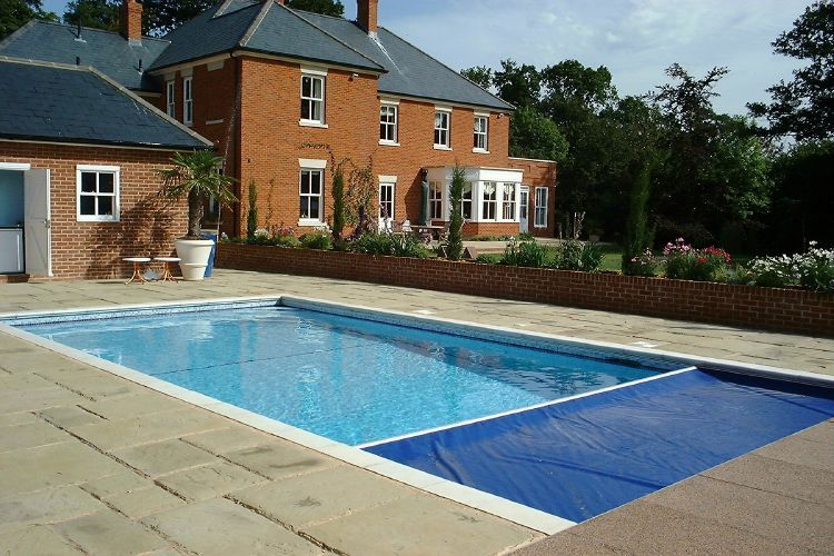 Safety Covers Kb Pools Swimming Pools And Spas Bournemouth