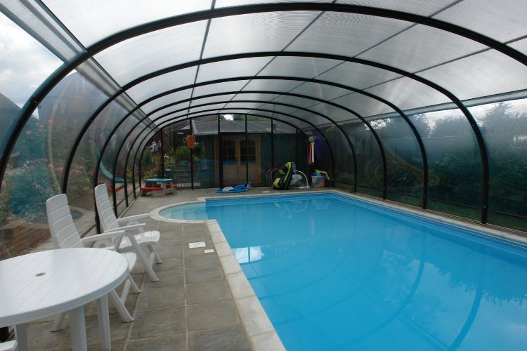 Telescopic Enclosures Kb Pools Swimming Pools And Spas Bournemouth