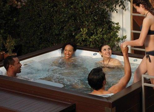 J-LX-Hot-Tub-Lifestyle header